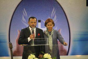 Apóstolos Semear Ministrando em Geneve